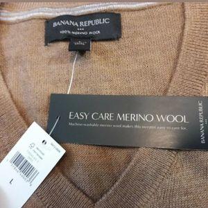 Banana Republic Wool V-Neck Sweater Size Large